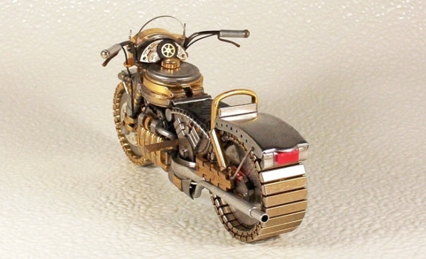 Мотоциклы из деталей часов 1 (Фото 2)