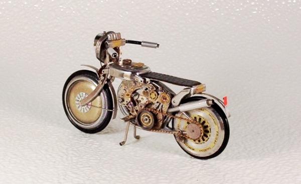 Мотоциклы из деталей часов 2 (Фото 10)