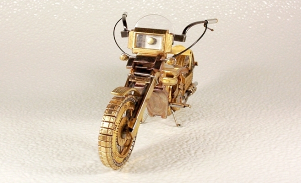 Мотоциклы из деталей часов 4 (Фото 9)