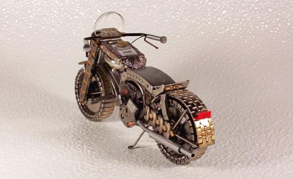Мотоциклы из деталей часов 4 (Фото 3)