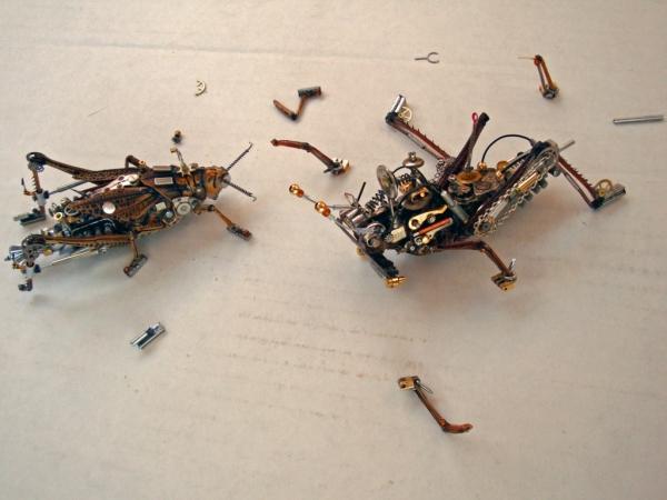 Мои насекомые Steampunk bugs. Они подрались. (Фото 2)
