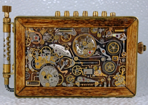 Steampunk или clockpunk Portable Time Machine 2