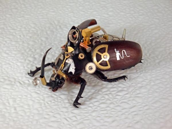 Мои насекомые Steampunk bugs. Жук-Носорог. (Фото 9)