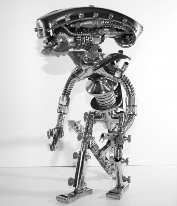 Alien. Metal trash robot (Фото 4)