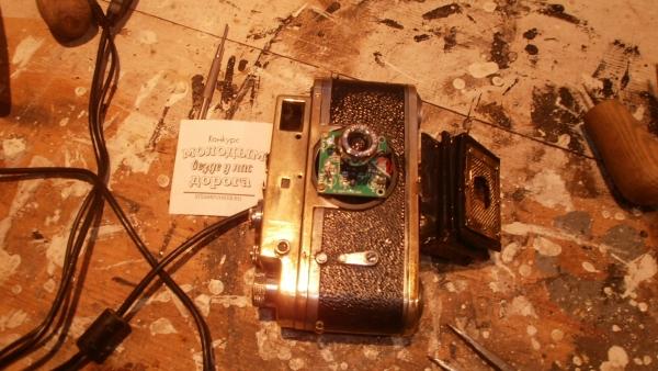 Монитор с вебкамерой еще и как дверца...... (Фото 32)