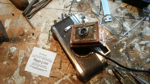 Монитор с вебкамерой еще и как дверца...... (Фото 37)