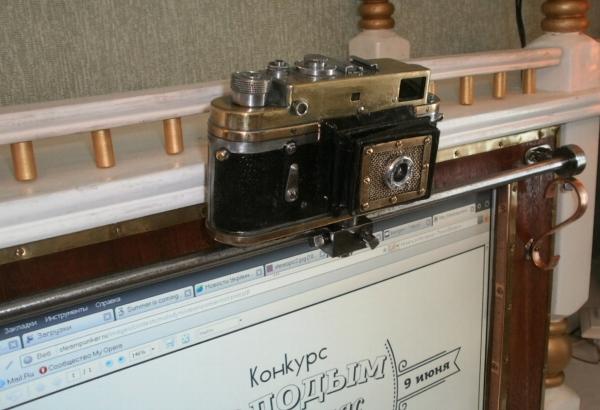 Монитор с вебкамерой еще и как дверца...... (Фото 46)