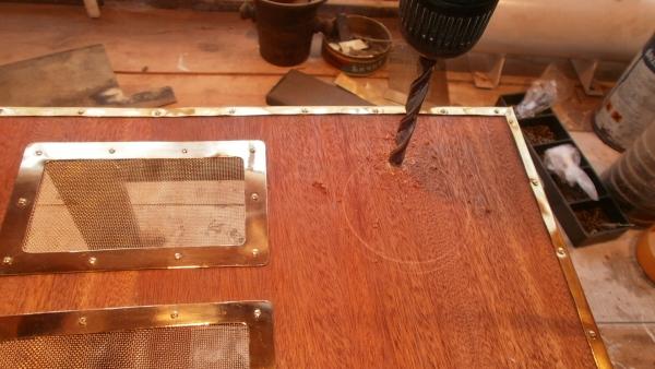 А вот и системник в деревянном корпусе....продолжение проекта. (Фото 34)