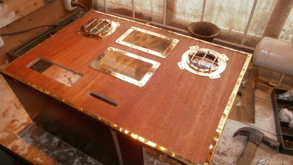 А вот и системник в деревянном корпусе....продолжение проекта. (Фото 43)
