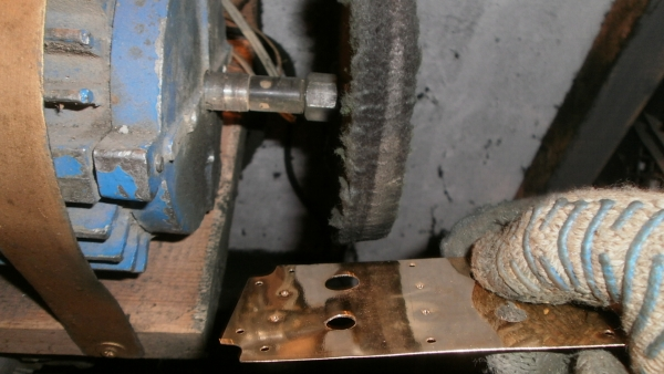 А вот и системник в деревянном корпусе....продолжение проекта. (Фото 70)