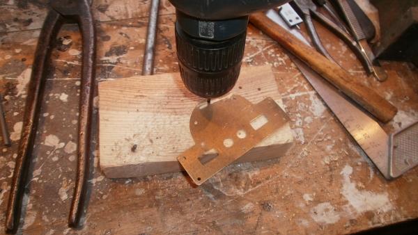 А вот и системник в деревянном корпусе....продолжение проекта. (Фото 47)