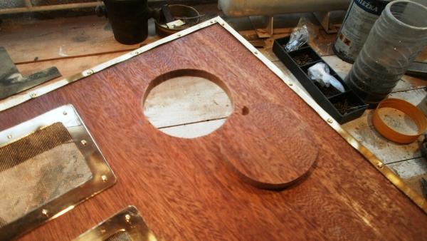 А вот и системник в деревянном корпусе....продолжение проекта. (Фото 36)