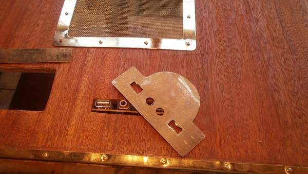 А вот и системник в деревянном корпусе....продолжение проекта. (Фото 46)