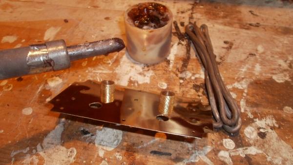 А вот и системник в деревянном корпусе....продолжение проекта. (Фото 72)