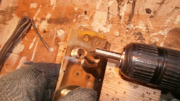 А вот и системник в деревянном корпусе....продолжение проекта. (Фото 73)