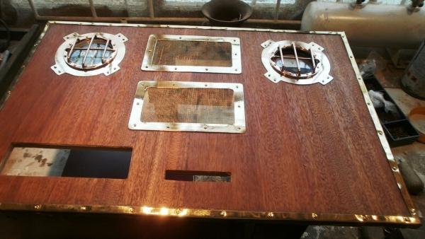 А вот и системник в деревянном корпусе....продолжение проекта. (Фото 42)