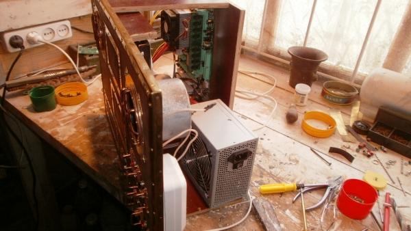 А вот и системник в деревянном корпусе....продолжение проекта. (Фото 81)