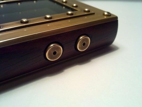 Устройство для прослушивания музыки. (Фото 15)