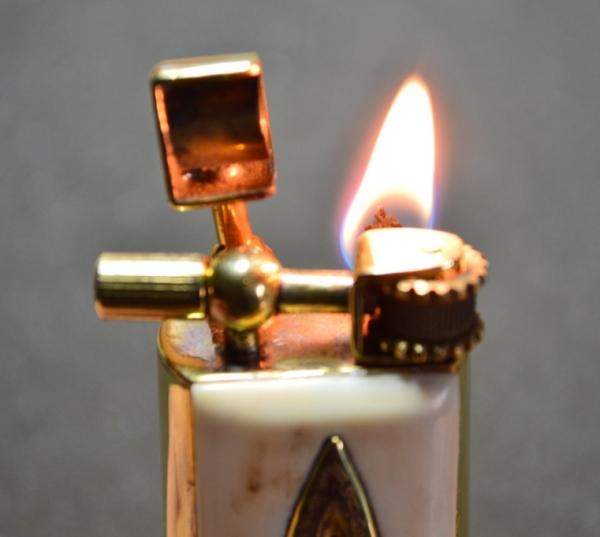 """Зажигалка в стиле """"тренч Арт"""" (Фото 25)"""