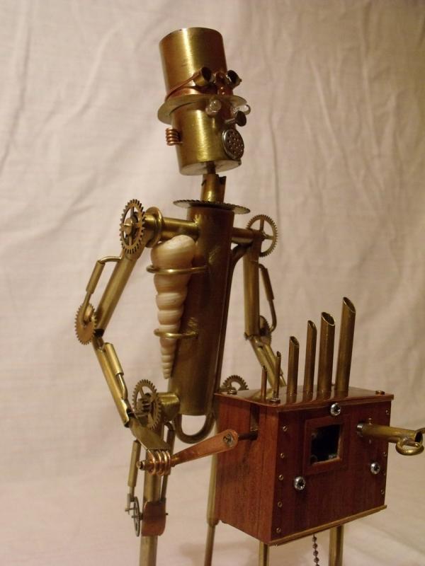 Паровой робот шарманщик (Фото 9)