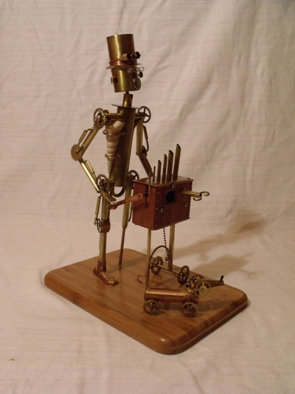 Паровой робот шарманщик (Фото 2)