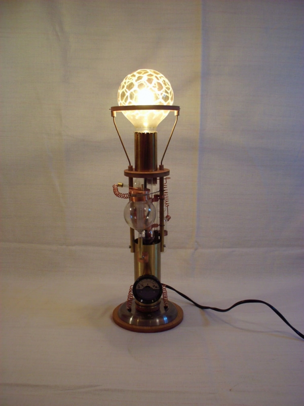 Два светильника (Фото 2)