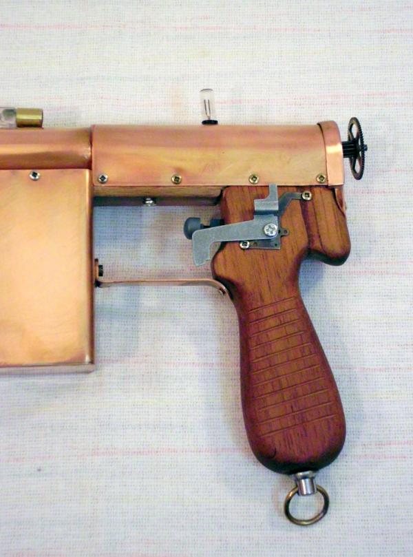 Импульсный лучевой пистолет им. Братьев Маузер (Фото 3)
