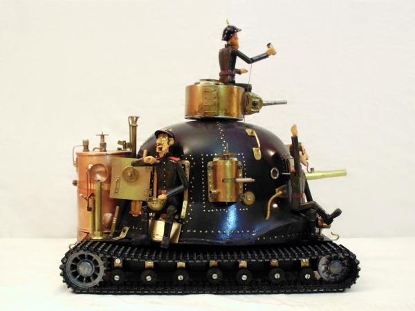 Тяжелый паровой танк!