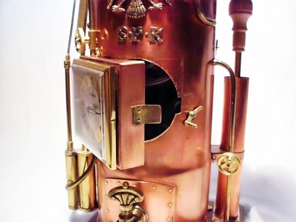 Паровые штурманские часы с будильником и секретной дополнительной функцией!