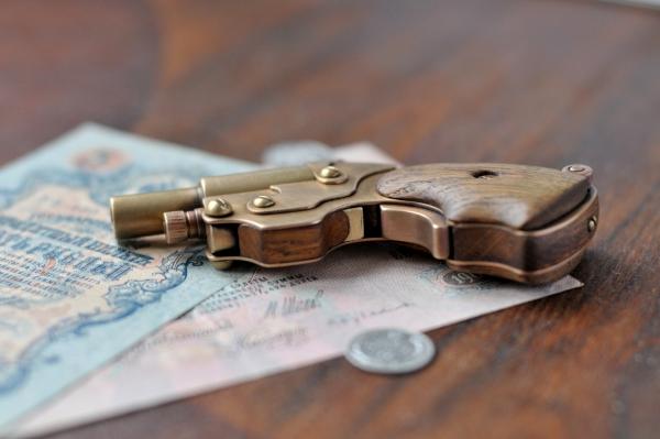 Аксессуар для истинных Леди и Джентльменов.)) Steampunk pocket pistol ! (Фото 4)