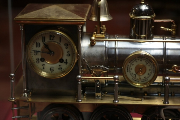 Выставка «В лабиринтах времени. Французские часы XVIII-XIX веков» в Москве. (Фото 4)
