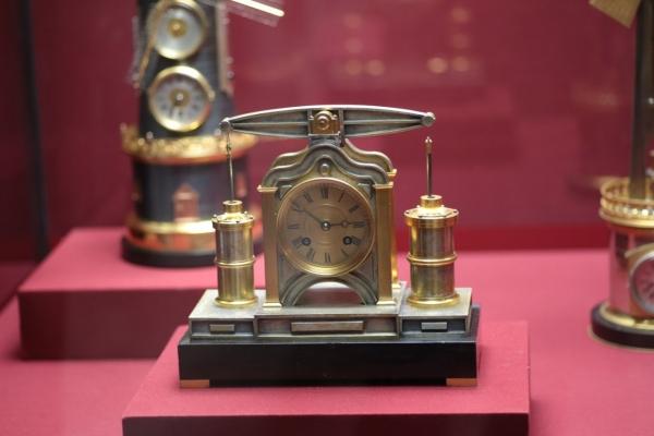 Выставка «В лабиринтах времени. Французские часы XVIII-XIX веков» в Москве. (Фото 11)