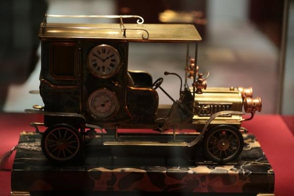 Выставка «В лабиринтах времени. Французские часы XVIII-XIX веков» в Москве. (Фото 5)
