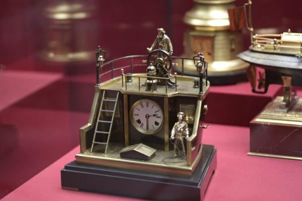 Выставка «В лабиринтах времени. Французские часы XVIII-XIX веков» в Москве. (Фото 9)