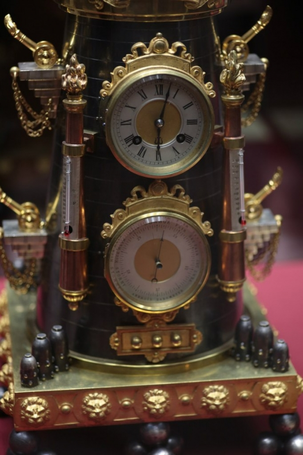 Выставка «В лабиринтах времени. Французские часы XVIII-XIX веков» в Москве. (Фото 2)