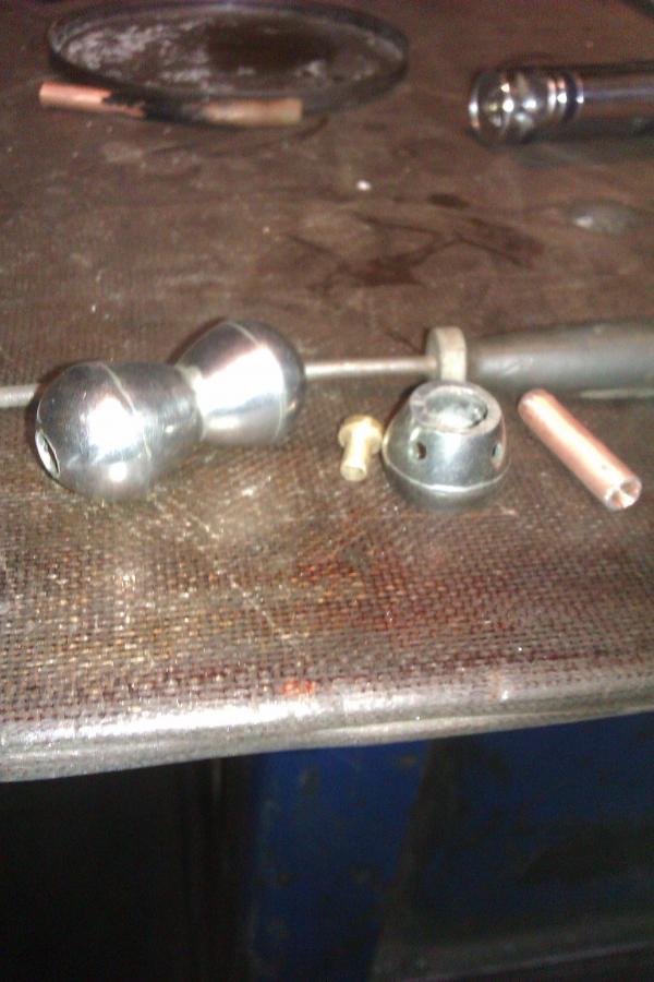 для господ путешественников охотников и служивого люду.лампа карманная с механическим кресалом. (Фото 3)