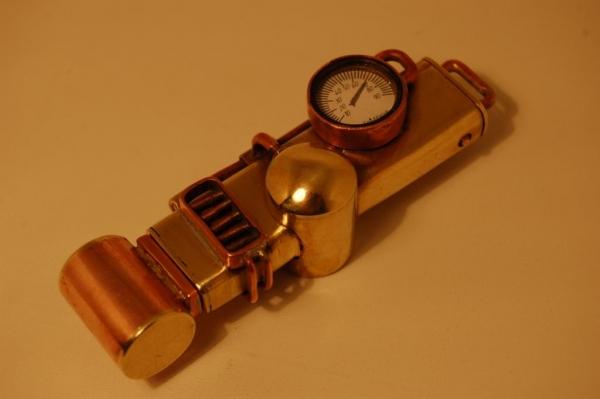 Флешка №2: комбинированная (медь, латунь).