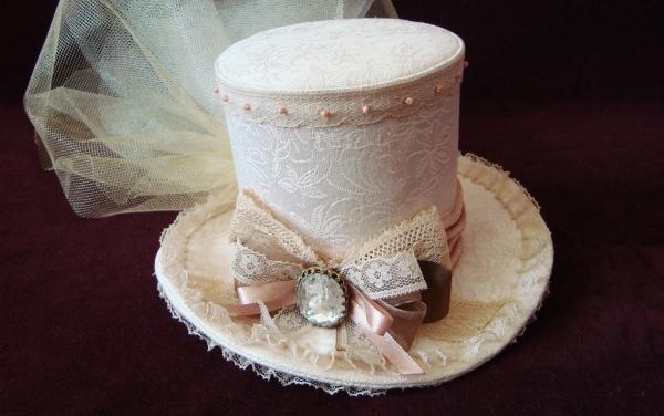 Шляпка в стиле винтаж (Фото 2)