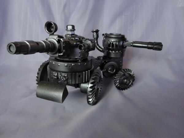 Танк двухбашенный трёхствольный (Фото 2)