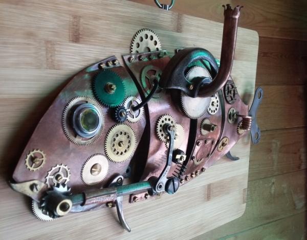 Механическая рыба и рыба-часы