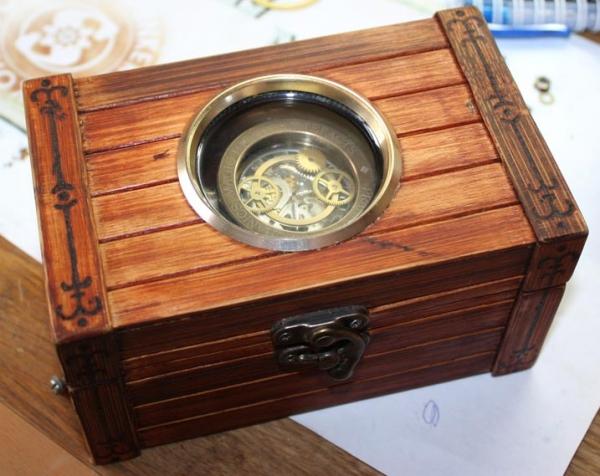 Дизель-стимпанк часы «Praetorius mechanics, magic tools & artefacts» в подарочной коробке.(ПРОДАНЫ) (Фото 2)