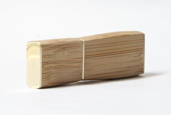 Флеш-накопитель из бамбука (Фото 3)