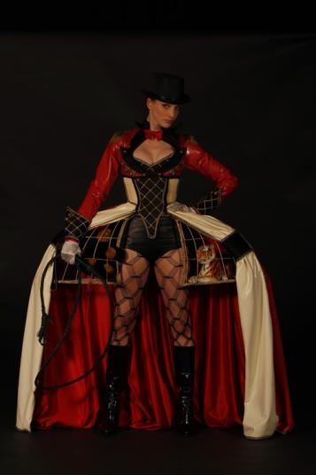 he Ring Mistress, Richelle Dynae Rudeen, UK