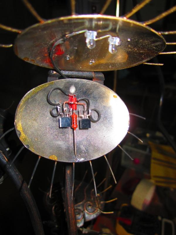 Механическая мухоловка (Фото 13)