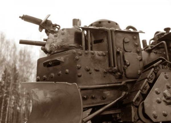 Стим-танк, гусеничный бронепоезд. Ко дню Защитника отечества. (Фото 6)