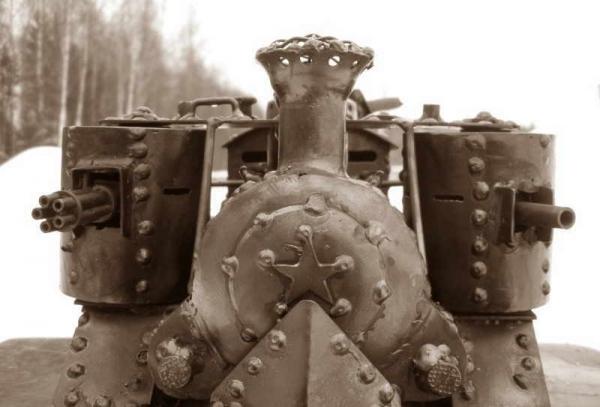 Стим-танк, гусеничный бронепоезд. Ко дню Защитника отечества. (Фото 8)