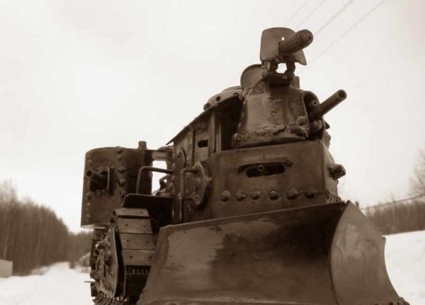 Стим-танк, гусеничный бронепоезд. Ко дню Защитника отечества. (Фото 4)