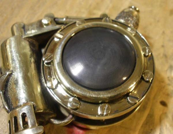 Дозаправляемая, с окошками (номер 25). (Фото 32)