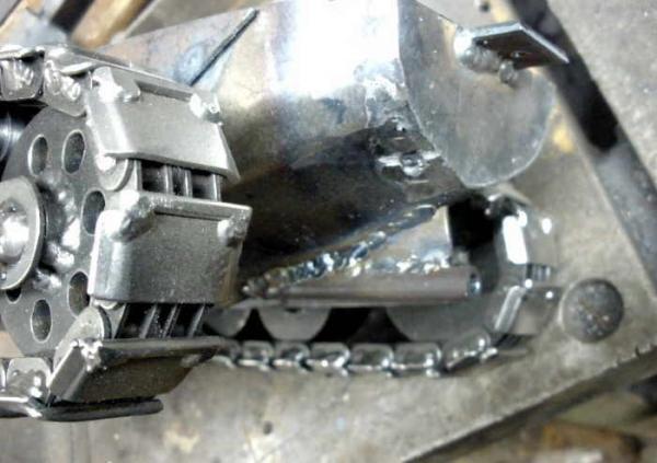 Танк II, процесс постройки