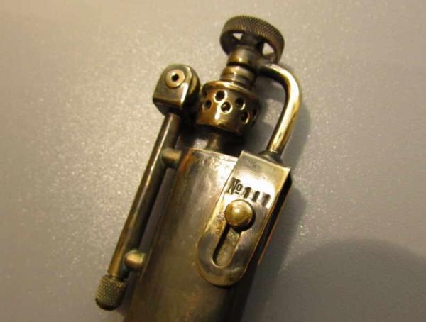 Зажигалка 111. Походно-костровая.